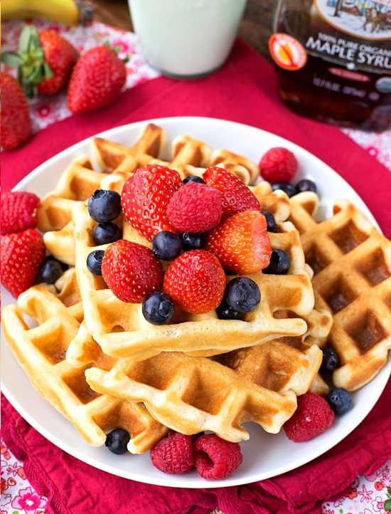 The-BEST-Buttermilk-Waffles-1