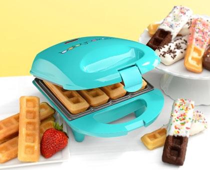 babycakes mini waffle maker
