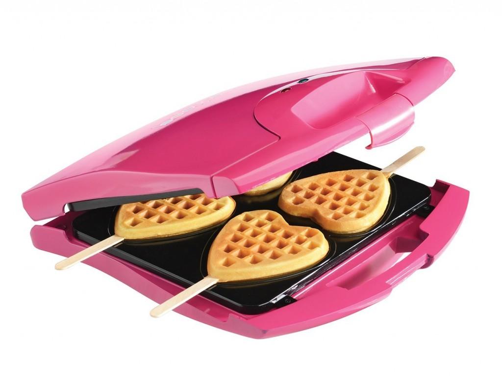 heart shaped waffle maker 1