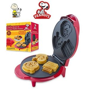 Smart Planet Peanuts Snoopy and Charlie Brown Waffle Maker